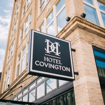 photo of the exterior signage of hotel covington in covington ky